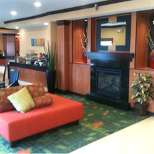 Fairfield Inn Canton dining area